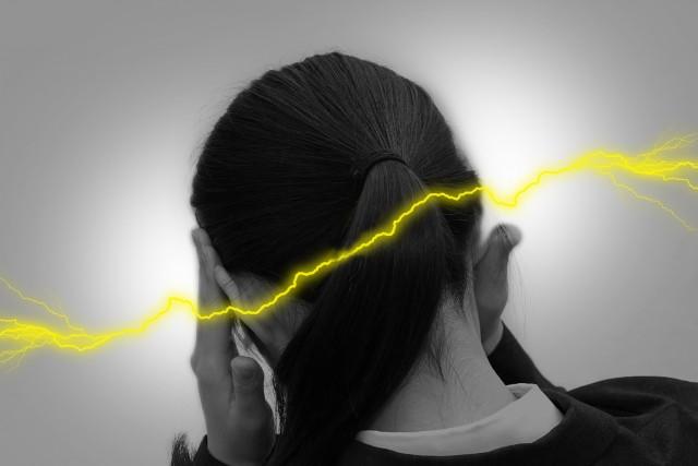 不規則な生活習慣も頭痛の原因になります